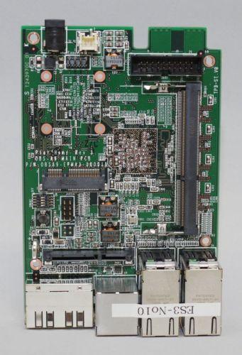 図17 本体基板にはメモリスロットやmini PCI-Expressカードスロットが用意されている