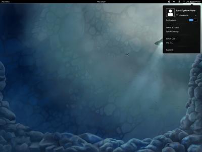 図7 画面右上にはログインしているユーザー名(ここでは「Live System User」)が表示される