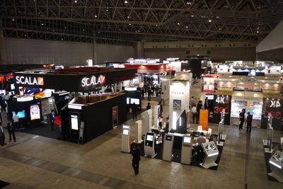 写真12 デジタルサイネージジャパン2012関連ブースが多数出展しているホール7
